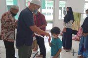 Hasil Pengumpulan Kotak Amal Masjid Taqwa di Serahkan Dandim 0311/Pessel ke Anak Yatim