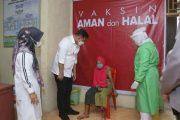 Sebagai Support Kepada Lansia, Bupati Dharmasraya Pantau Pelaksanaan Vaksinasi di Kecamatan Koto Baru
