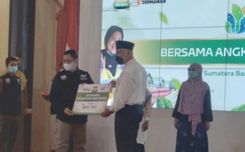 Program Wakaf UMKM ACT Sumbar di Launching Mahyeldi, Sasaran Bantuan Kepada 1000 Pelaku UMKM