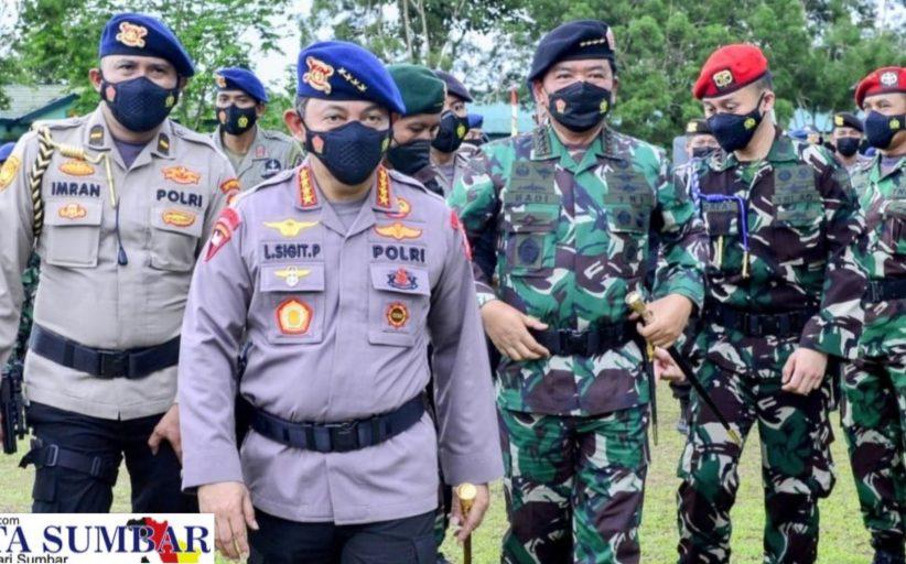 Jaga Kamtibmas di Papua, Kapolri Bersama Panglima Beri Semangat Kepada Seluruh Personel TNI-Polri