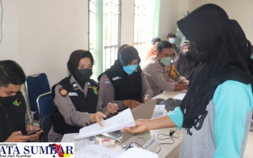 Vaksinasi di Wilkum Polres Tanah Datar, Hari Ini Sasar 8.600 Warga dan Pelajar
